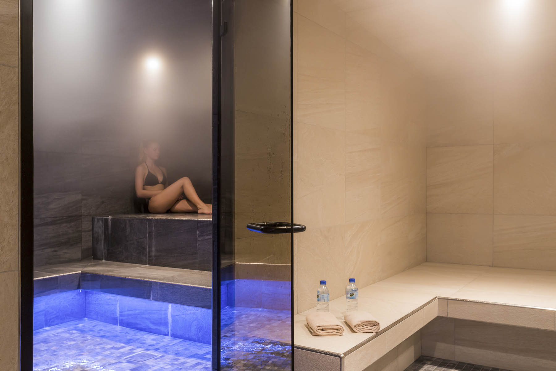 "Steam room and sauna at the ""Pure Altitude"" Spa"